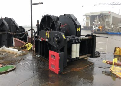 40 tons winches